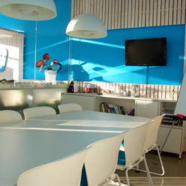 Smooth Office Meeting Room